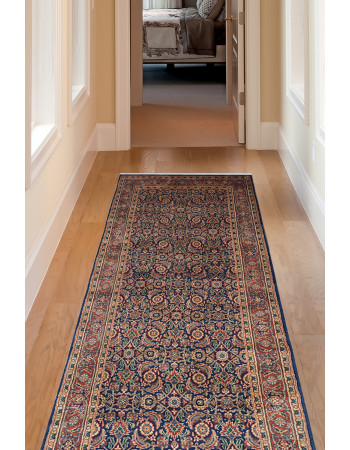 Classic Blue Diamond Wool Runner