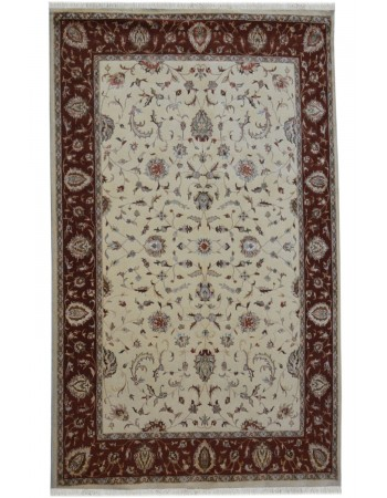 Cream Kashan Floral Area Wool Rug