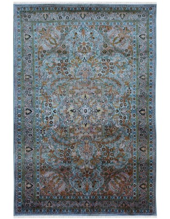 Greenery Guldasta Silk Area Rug