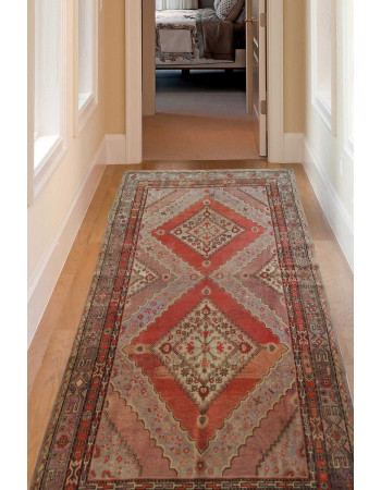Traditional Jewel Vintage Handknotted Handwashable Runner