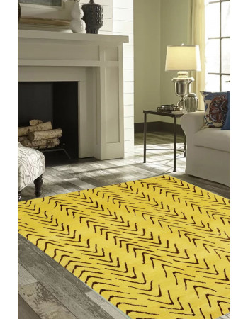 Outward Arrow Woolen Modern Carpet
