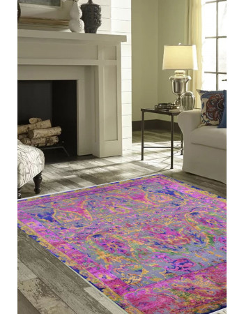 Queen of Hearts Hand Knotted Carpet