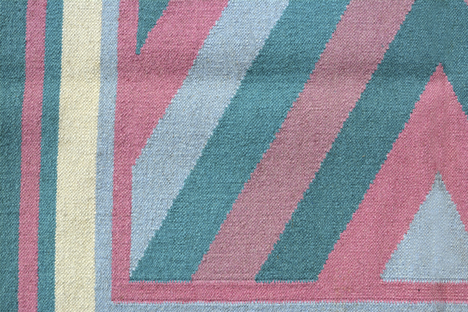 4 X 6 Abstract Pattern Dhurry Rug In Pastel Colors Tone
