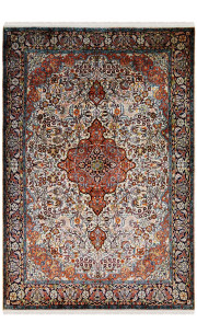 5 X 7 Feet Traditional Kashan Medium Size Silk Rug