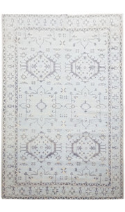 Contemporary Qum Handknotted Wool Area Rug