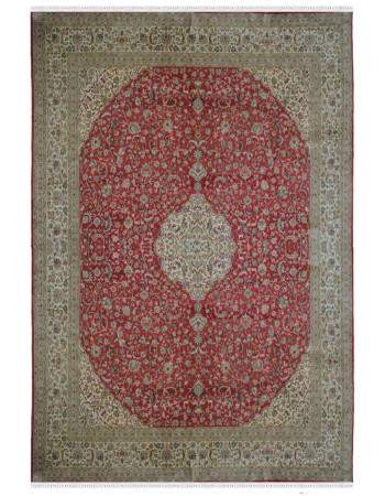 Oval Kashan Pure Silk Area Rug