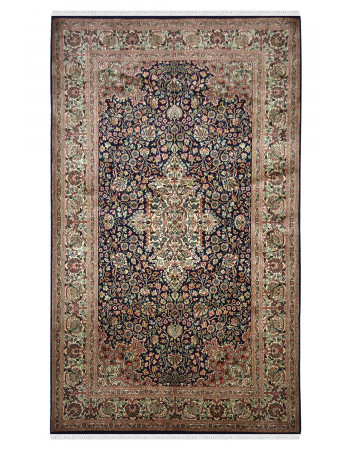 Noor Kashan Silk Carpet