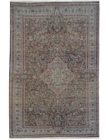 Beige Persian Handknotted Wool Carpet