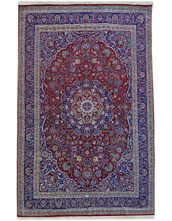 Center Piece Kashan Fine Rug