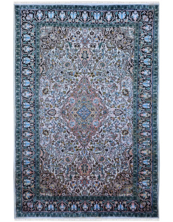Crystal Medallion Persian Design Kashmiri Silk Rug