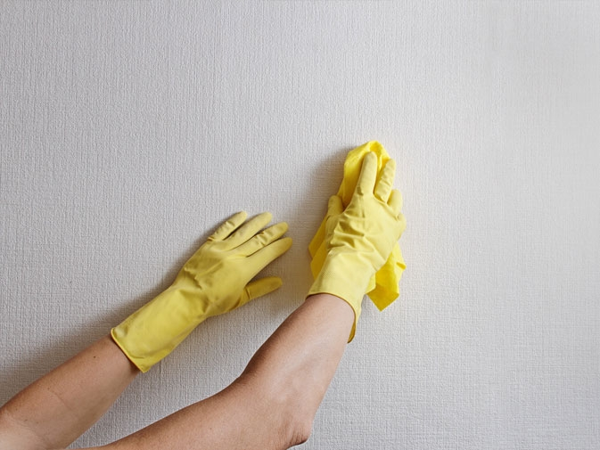 Cleaning of wall